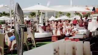 UŽÍT IBIZU - VIP parties v Ocean Beach a v EL Ayoun baru