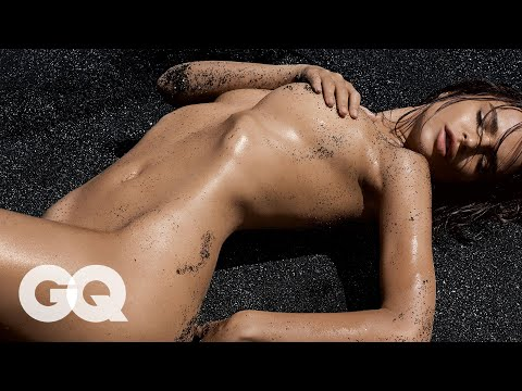 Emily Ratajkowski: The New Queen Of Summer | GQ