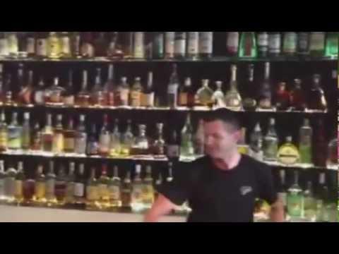 Ein Concierge empfiehlt - Andrej Borisik Show Keeper Barkeeper Barschule Berlin