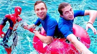 Школа героев Акватим в аквапарке   Человек Паук связал друзей.