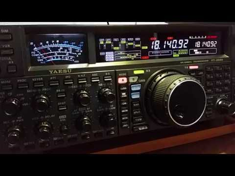 YAESU FT-2000 and DX QSO with KE4YZ evening on 17 meters