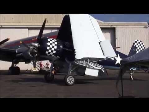 Wings & Wheels 2014 - Warbirds & Cool Cars