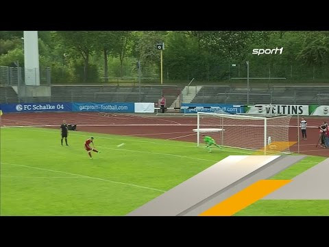 Dusel-Elfer bringt FC Bayern ins U-19-Finale | SPORT1