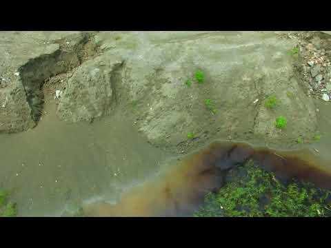 漁光島最美濕地被毀了,而且一堆垃圾廢棄物。 20180821