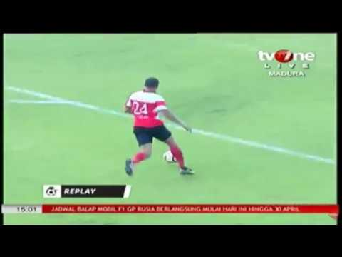 Gol tercepat GT Liga 1, Peter Odemwingie 1,15 menit (Madura United vs Mitra Kukar)(1-0)