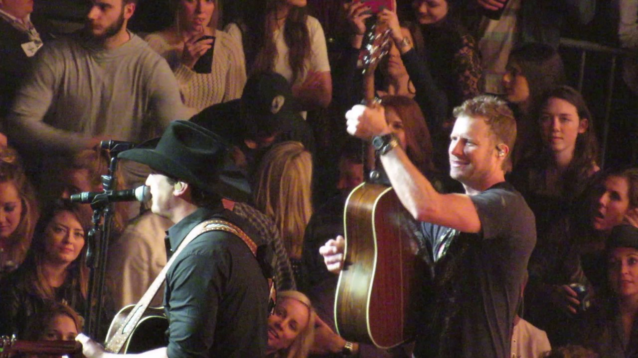 Dierks Bentley And Jon Pardi Carrying Your Love With Me Nashville