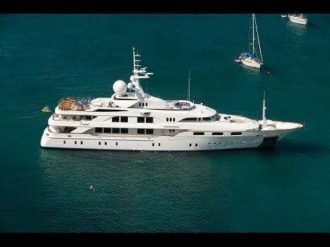 Luxury Yacht Charters | Private yacht charter and motor yacht vacations.