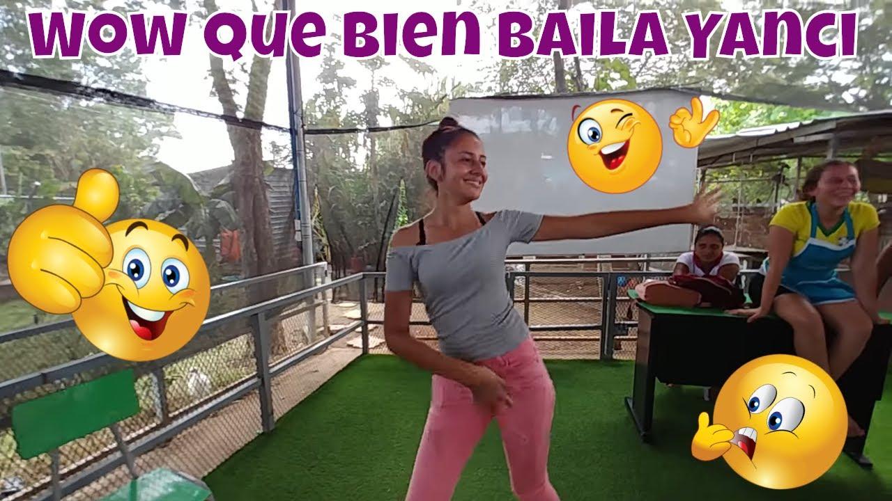 yanci-nos-dan-una-demostracion-de-baile-rellenos-de-guisquil-salvadoreos-parte-2