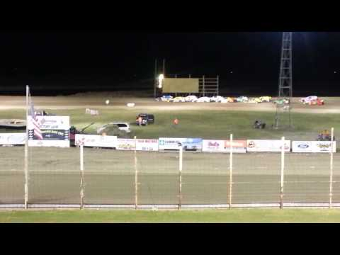 Robby Rosselli feature win at Devils Lake Speedway
