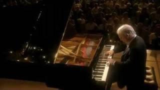 "Barenboim plays Beethoven ""Les Adieux"" Sonata No. 26 in E Flat Major, Op. 81a , 3rd Mov."