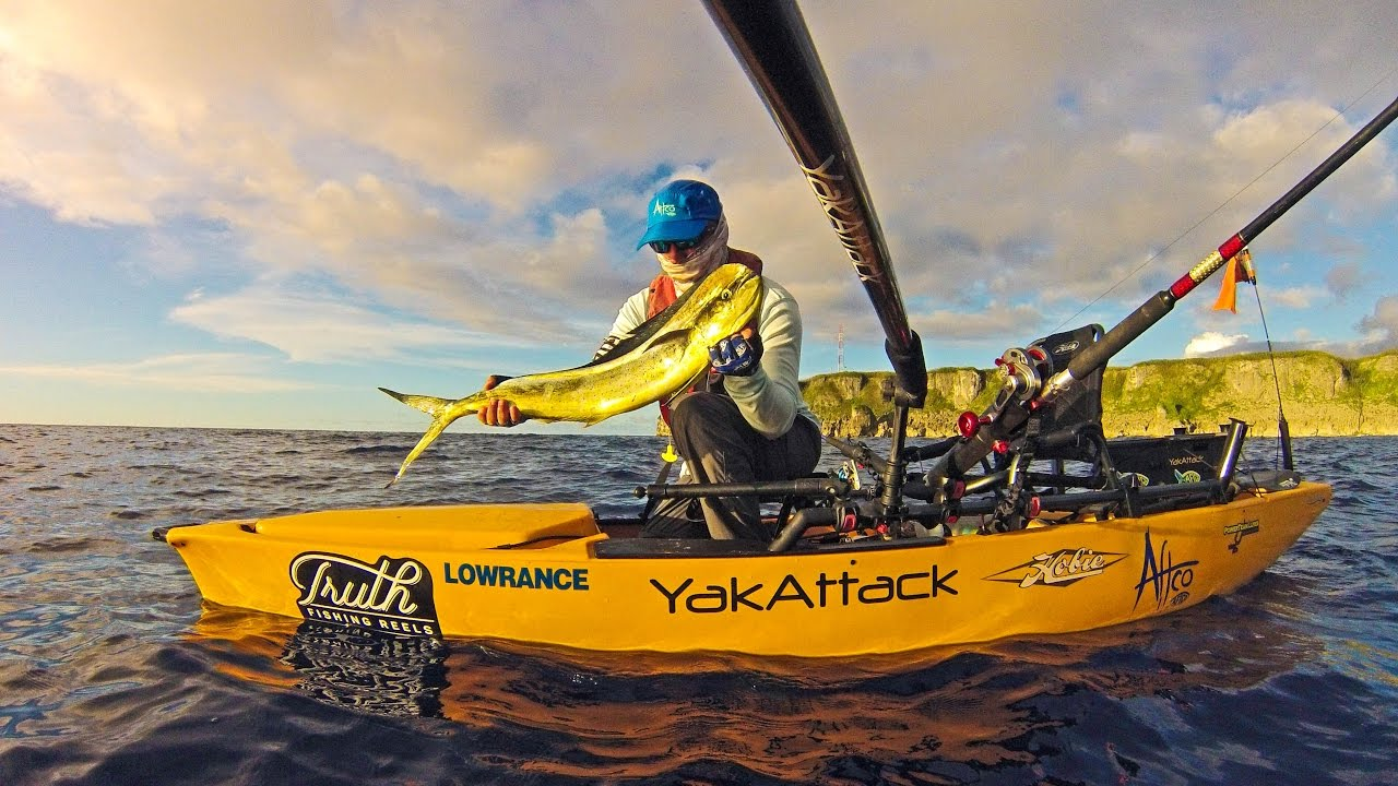 Kayak fishing an amazing fishing year hobie kayak for Kayak fishing hawaii