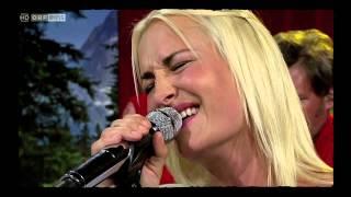 """Sarah Connor + Russkaja """"Wie schön du bist"""""""