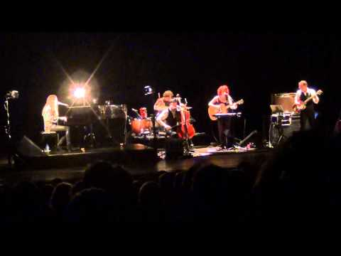 Birdy Live KVS Brussel- The District Sleeps Alone Tonight