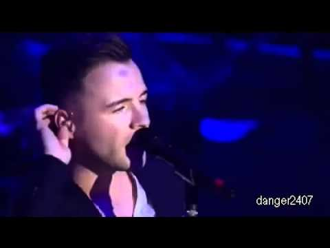 Westlife - What Makes A Man [Live at O2 SmartSounds]