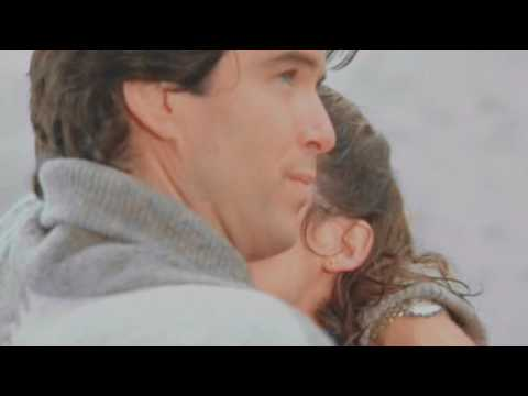 Remington Steele & Laura Holt | Go Your Own Way