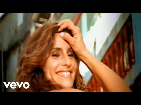 Nelly Furtado – No Hay Igual ft. Residente Calle 13 (Official Music Video)
