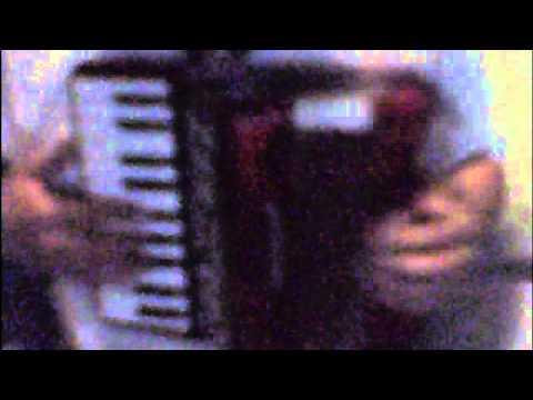 secret base - kimi-ga kureta mono - ending anohana - cover hecho en mi acordeón a piano Mp3