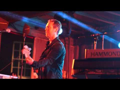 Toploader - Dancing In The Moonlight [Live] @ Festival Too (11.07.2014)