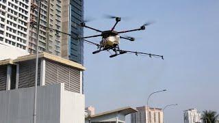 Guna dron sanitasi tempat terbuka