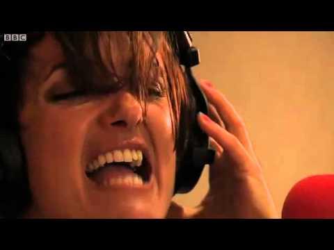 DJ Fresh feat. Sian Evans - Louder (BBC Radio1 Live Lounge)