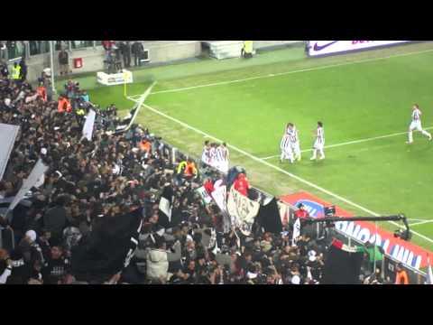 Primo gol di Matri contro il Genoa.