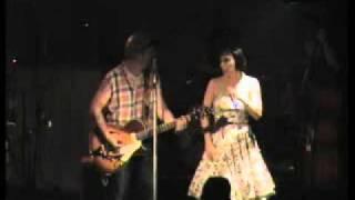 Rock n' Roll Kamikazes e Roberta Carrieri al Cox 18.mp4