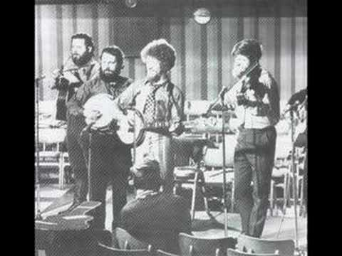 The Dubliners - Maids when you're young never wed an old man