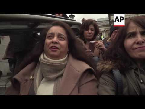 Oscar-winning Iranian film screened as travel ban protest