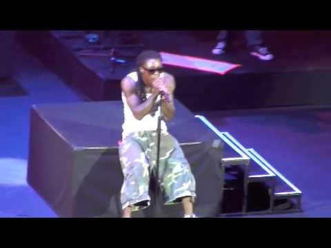 Wayne Let The Beat Build