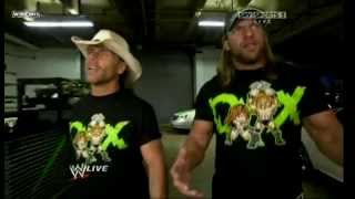 DX returns to RAW (Legacy Attack)