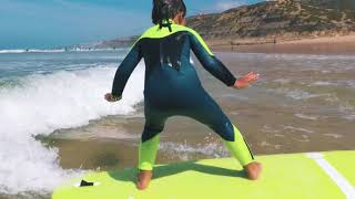 Lo surf camp  Ericeira Portugal Lionel Pereira 4 anos enjoy the surfing