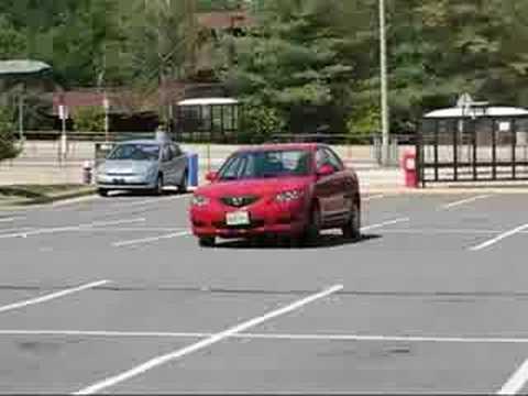 Mazda3 180° J turn (police turn) - YouTube