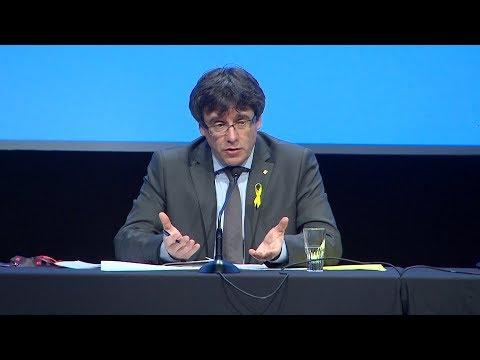 """Puigdemont: """"Seria un privilegi que Suïssa fes de mediadora entre Catalunya i Espanya"""""""
