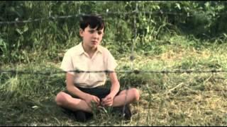 Ciao a tutti! e dopo tanto tempo rieccomi con un nuovo doppiaggio! in questa clip mi vedrete interpretare una scena del bellissimo film il bambino pig...