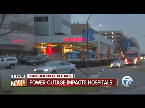 Power outage impacts Detroit