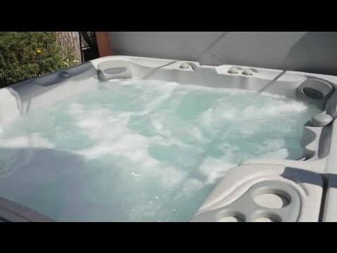 Things That Will Ruin a Hot Tub : Hot Tub Maintenance