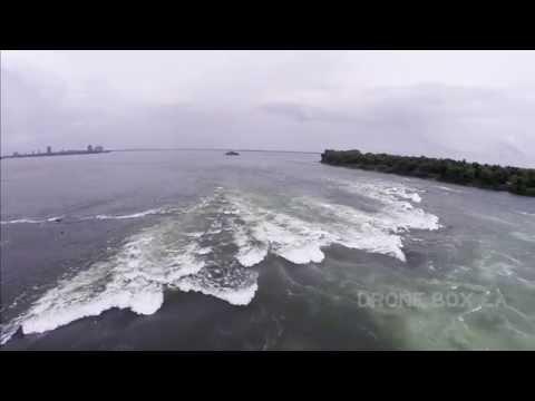 DRONE BOX.CA Withe water kayaking drone kayak Montréal en Eau-Vive