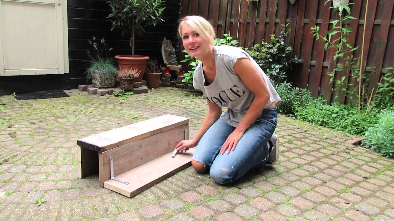 Diy maak je eigen balkontafel make your own balcony bar for Diy balcony bar