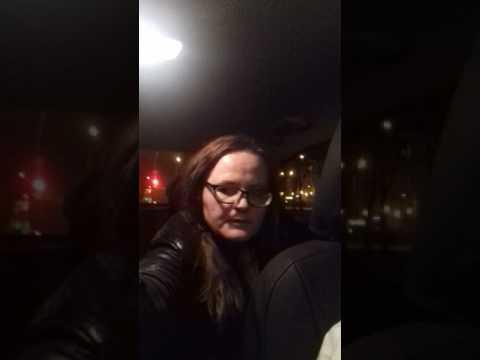 Неадекватная пассажирка такси везет москва мощенница