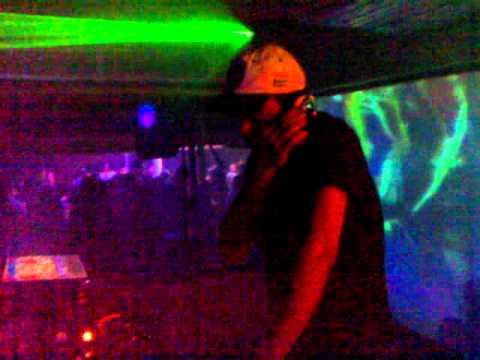DJ RC1 na Absolut Electro - Rock Bola (niver de G-meos) 22/06/2011