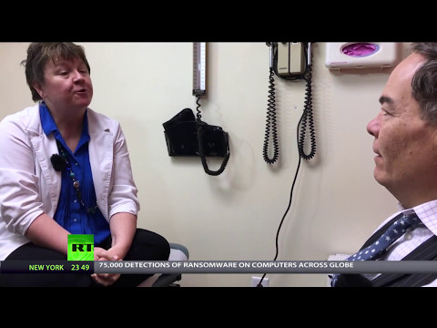 Keiser Report: Fake Healthcare (E1070)