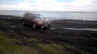 Рено дастер в грязи ( АКПП, передний привод)(Бастер в грязи., 2015-05-22T10:31:43.000Z)