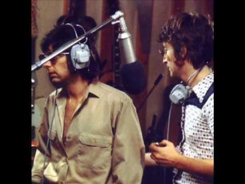 John Lennon & Phil Spector in the studio