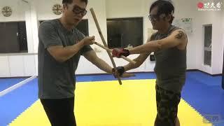 菲律宾短棍教学,正手破抓棍