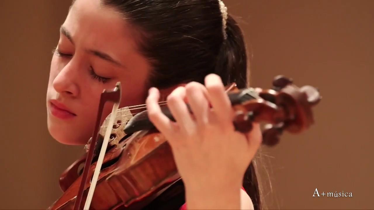 """A+música.com A. Vivaldi """"La primavera"""" Maria Dueñas (violín)"""