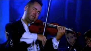 Nigel Kennedy performing J.S. Bach's  A minor violin concerto