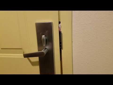 Отжим --    Opening our hotel room door in under 30 seconds using paper menus