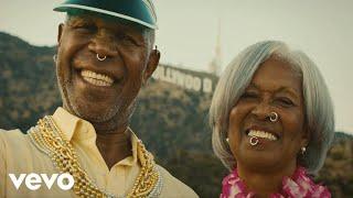 Смотреть клип Nailah Blackman - Birthday Song Ft. Ding Dong