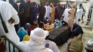 Kaolack : inhumation de Ya Fatima Zahra Niass ( tout ce que vous n'avez pas vu...)