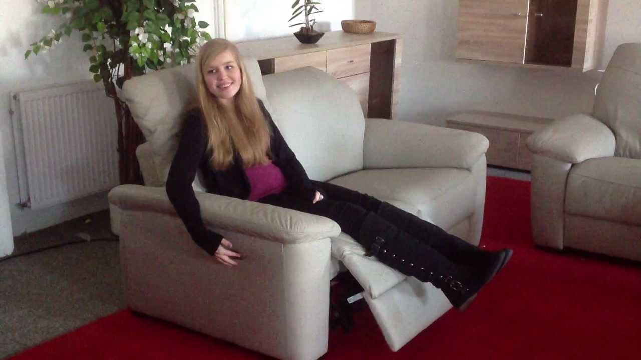 leder sofa elektrisch verstellbar sitz links relax funktion youtube. Black Bedroom Furniture Sets. Home Design Ideas